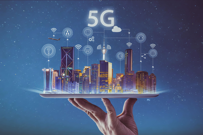 Tot ce voiai să știi despre 5G dar îți era prea peste mână ca să afli