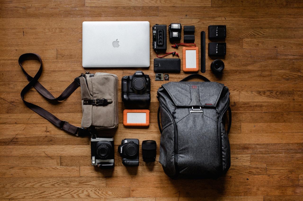 Bagajul de vacanță pentru întreaga familie: cum îl organizezi și ce incluzi pe listă, ca să nu-ți lipsească nimic