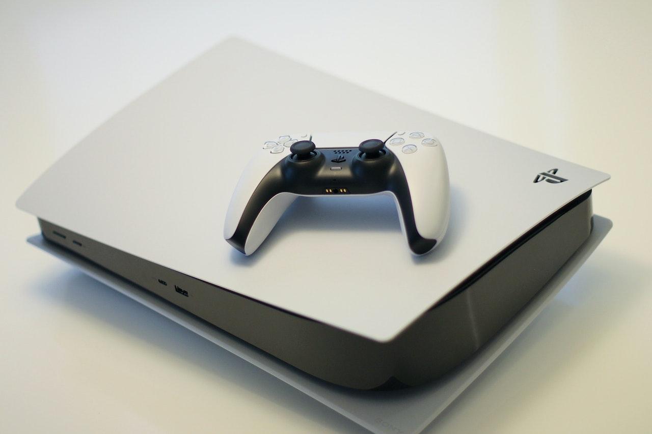 Cum alegi consola de jocuri next gen potrivită pentru tine: topul celor mai bune console de gaming