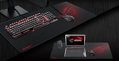 ofera suficient spatiu pentru laptop, tastatura sau mouse