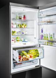 Iluminare LED: mentine continutul frigiderului tau in lumina reflectoarelor.