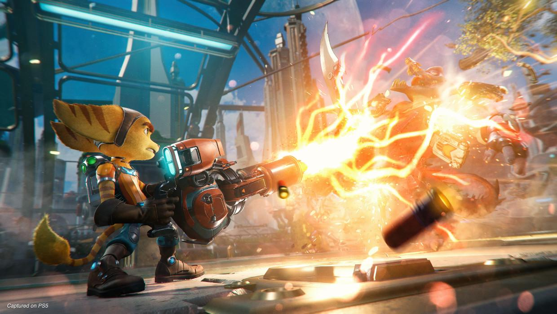 Intra in forta intr-o aventura interdimensionala cu Ratchet si Clank