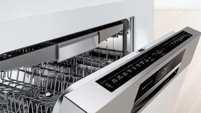 Curatare usoara datorita accesoriilor care pot fi spalate in masina de spalat vase