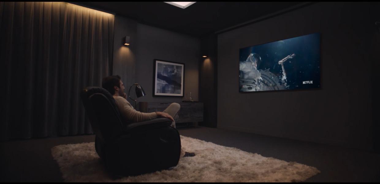 Cinema OLED